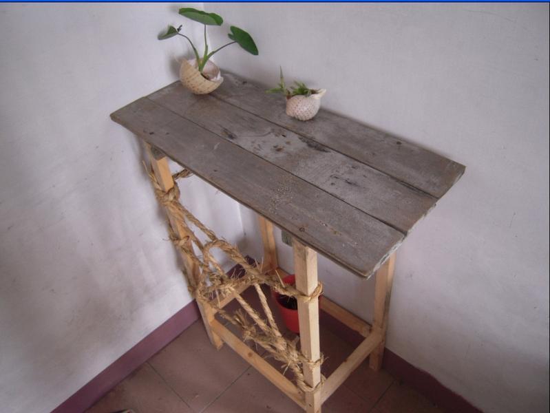 手工制作阳台花架原木木桌